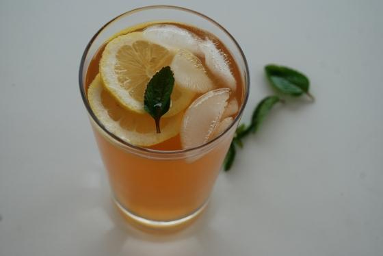 Ice Cold Elderberry Flower Juice