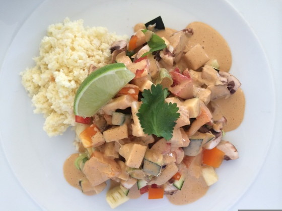 """Raw Food Curry with Parsnip """"Rice"""""""